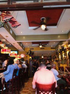 El hermoso restaurante Old´s Havana Cuban Bar & Cuisine.